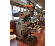 Milling machines - bed type  Used