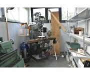 Milling machines - vertical  Used