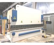 Sheet metal bending machines farina Used