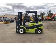Forklift clark Used