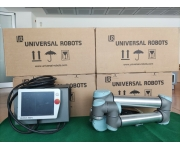 Robots UNIVERSAL ROBOTS Used
