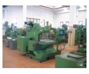 Milling machines - tool and die maho Used